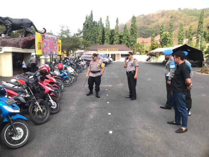 Kapolres Banjar, Cek BB Tidak Kejahatan yang Dipinjam Pakai Personel