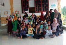 Mahasiswa KKN 51 Unimal, Menerapkan Program Menabung Sejak Dini