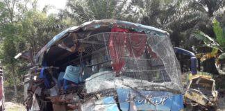Kecelakaan Labuhanbatu, Bus PMH Kontra Colt Diesel Memakan Korban