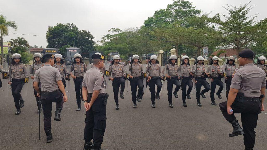 Dalmas Polres Banjar, Tingkatkan Pelatihan Jelang Pilkades