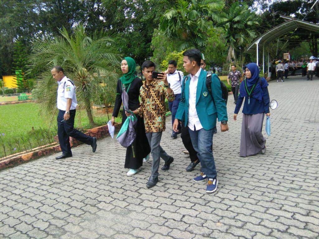 HMI Cabang Langkat, Kadis Pendidikan Temui Mahasiswa di Gedung DPRD