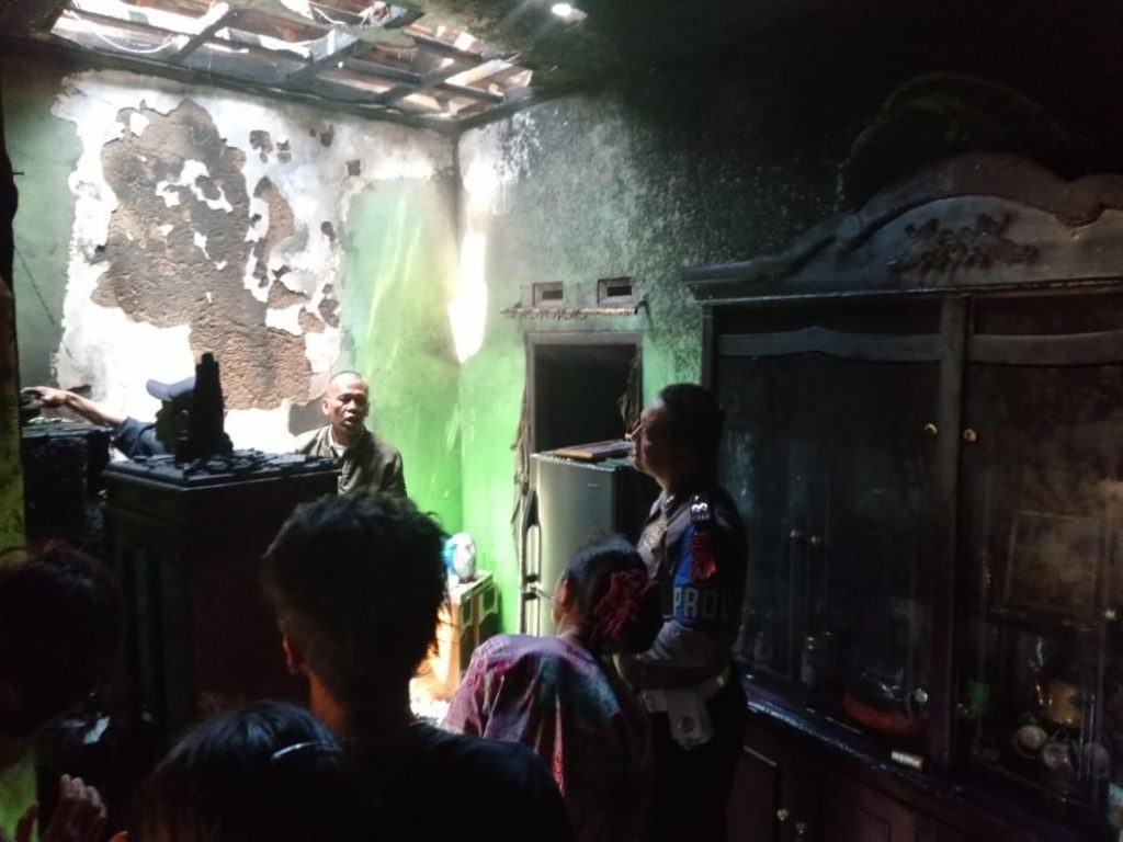 Rumah Terbakar Cihaurbeuti, Diduga Hubungan Arus Pendek Listrik