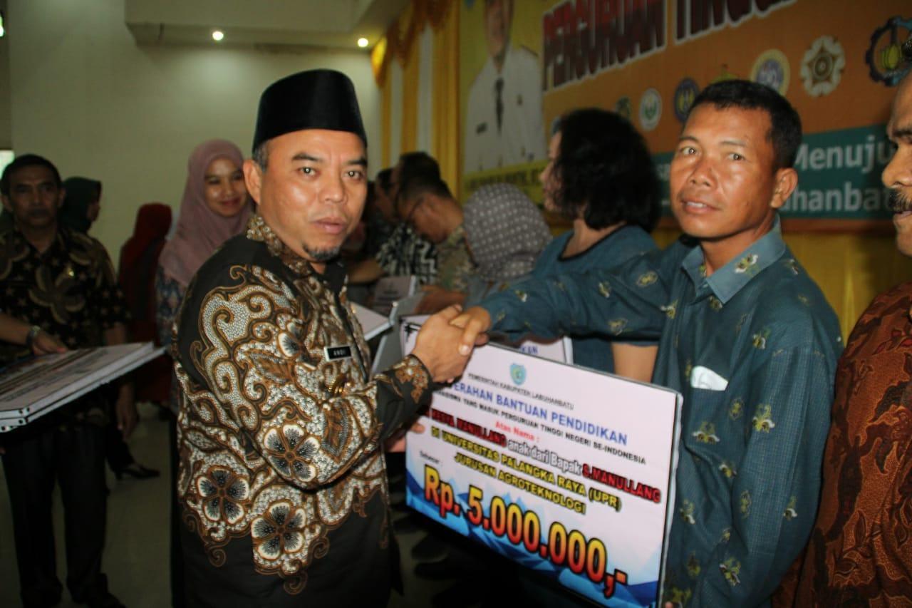 Andi Suhaimi, Berikan Motivasi 774 Mahasiswa Ke PTN Seluruh Indonesia