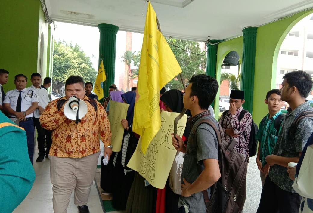 PMII FDK UINSU, Aksi Demo di Biro Rektor