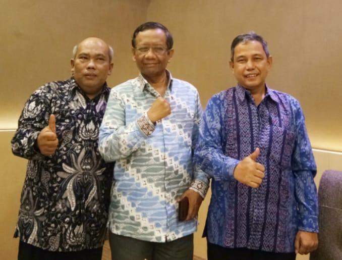 Kabinet Jokowi, Prof Mahfud Layak dan Sangat Wajar