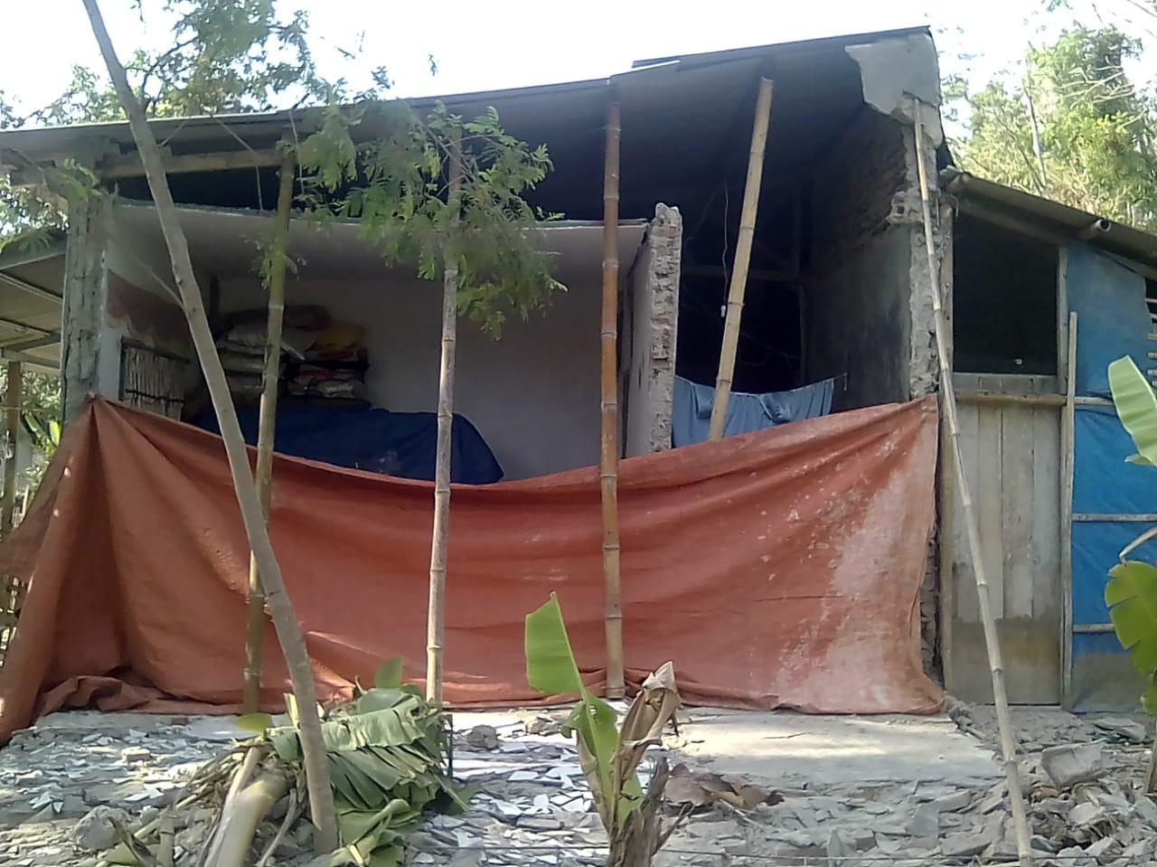 Pergeseran Tanah, Rumah di Ciamis Jebol