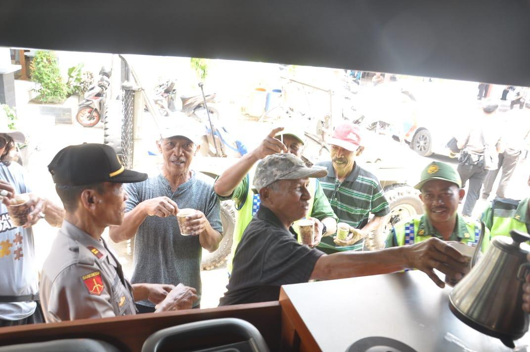 Pilkades Banjar, Ala Kopi Saling Kenal Orang