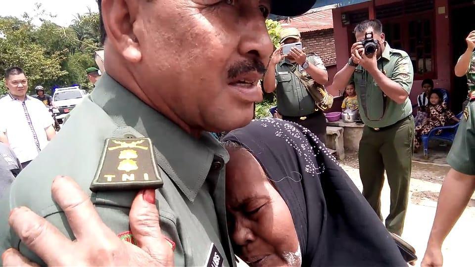 Binter Terpadu 2019, Tangisan Nenek di Pelukan TNI