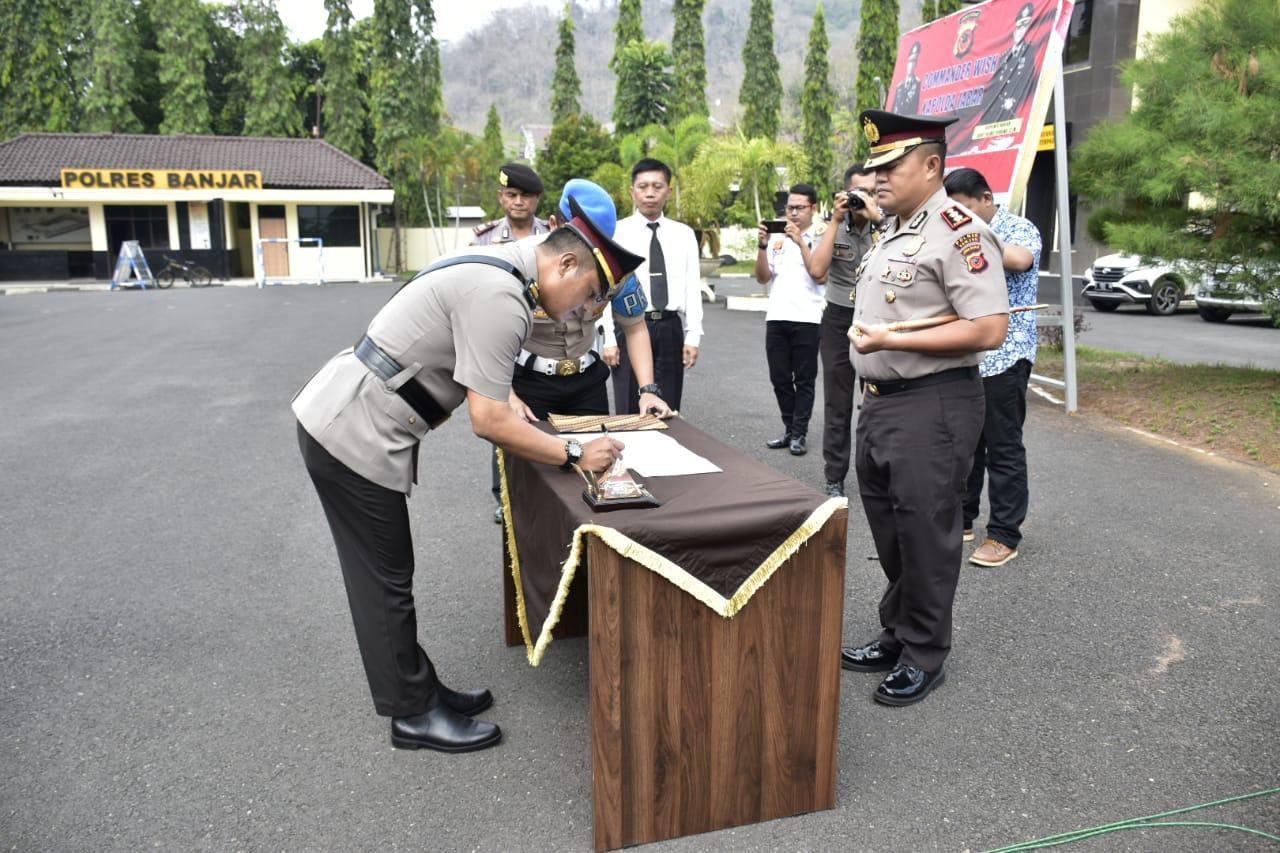 Kapolres Banjar, Pimpin Upacara Sertijab Kasat Lantas