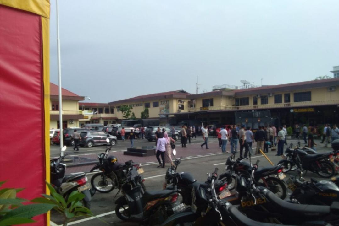Bom di Poltabes Medan, 6 Orang Luka