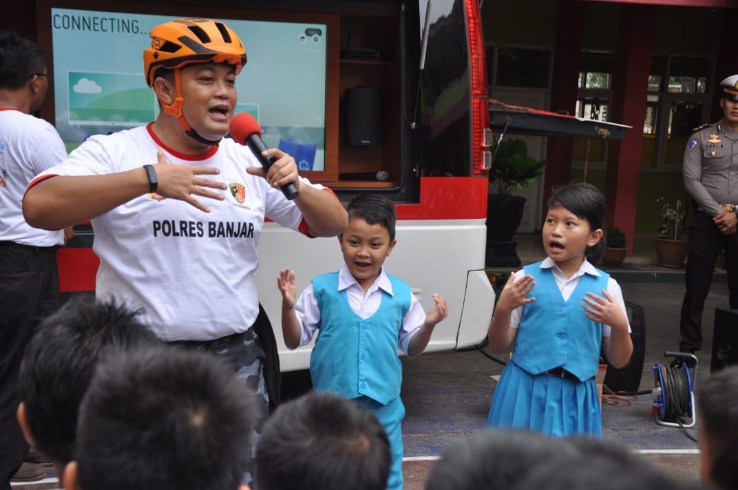 Hari Anak, Kapolres Banjar : Ini Adalah Momen Istimewa Bagi Anak-anak