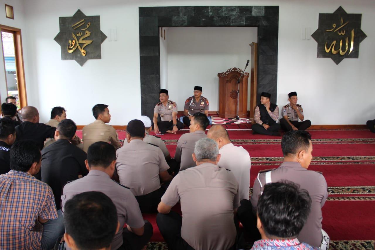Polres Banjar, Adakan Pengajian dalam Rangka Pembinaan Rohani