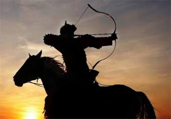 Benarkah Berkuda dan Memanah Olahraga Teroris?