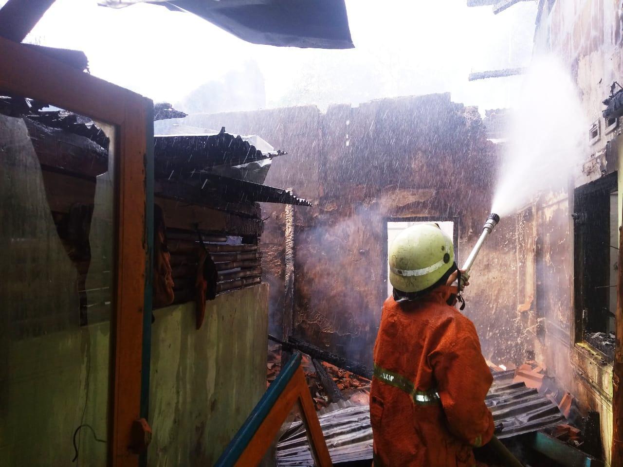 Kebakaran di Banjar, Pemilik Rumah Mengungsi