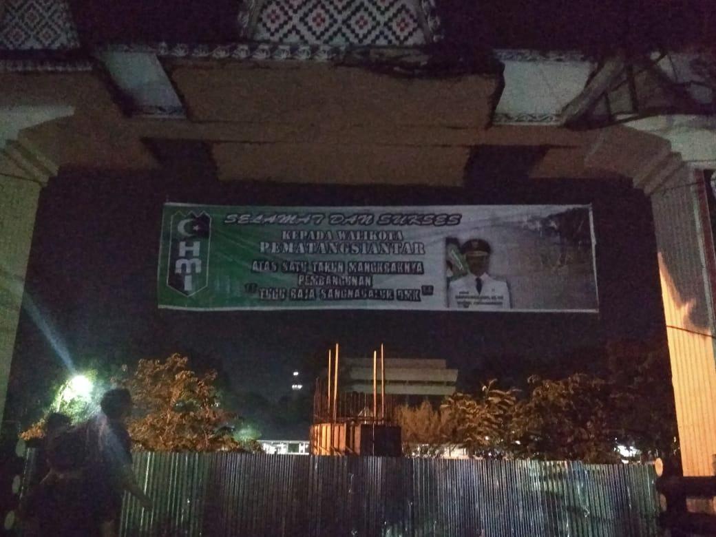 HMI Kritik Pembangunan Tugu Raja Sangnaualuh DMK yang Mangkrak