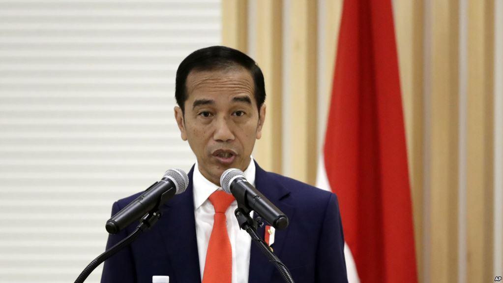 Cangkul Masih Impor, Jokowi Kebangetan