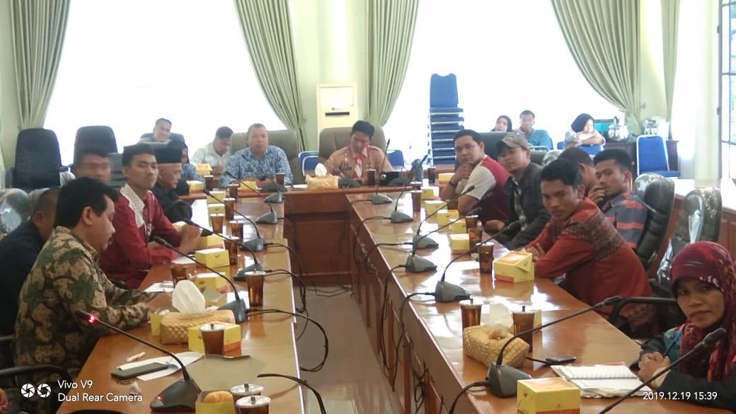 Jalan Rusak Wampu, Anggota DPRD Janji Masuk APBD 2021