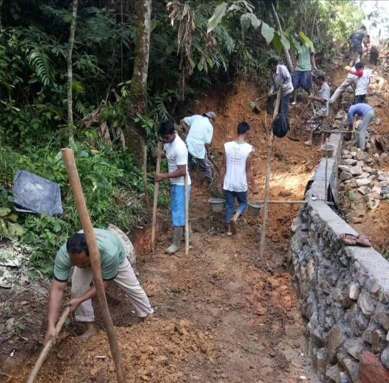 Masyarakat Desa Rampa Rasakan Manfaat Pembangunan Rabat Beton ADD