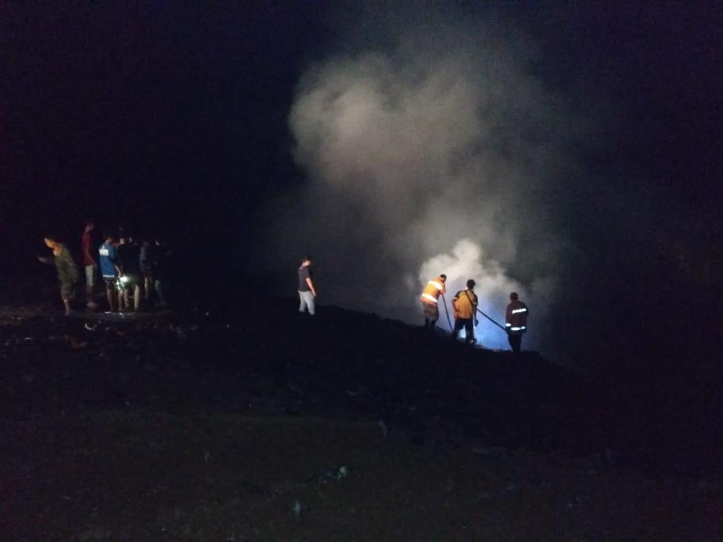 TPA di Ciminyak Terbakar, Api Belum Juga Padam