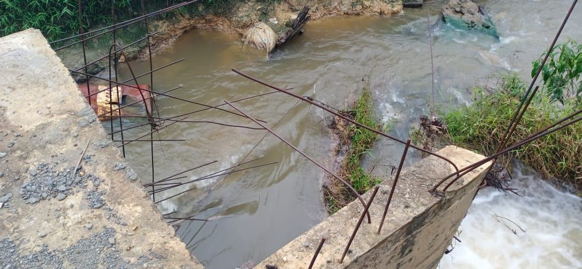 PTPN IV Sawit Langkat, Limbah Merusak Ekosistem Sungai