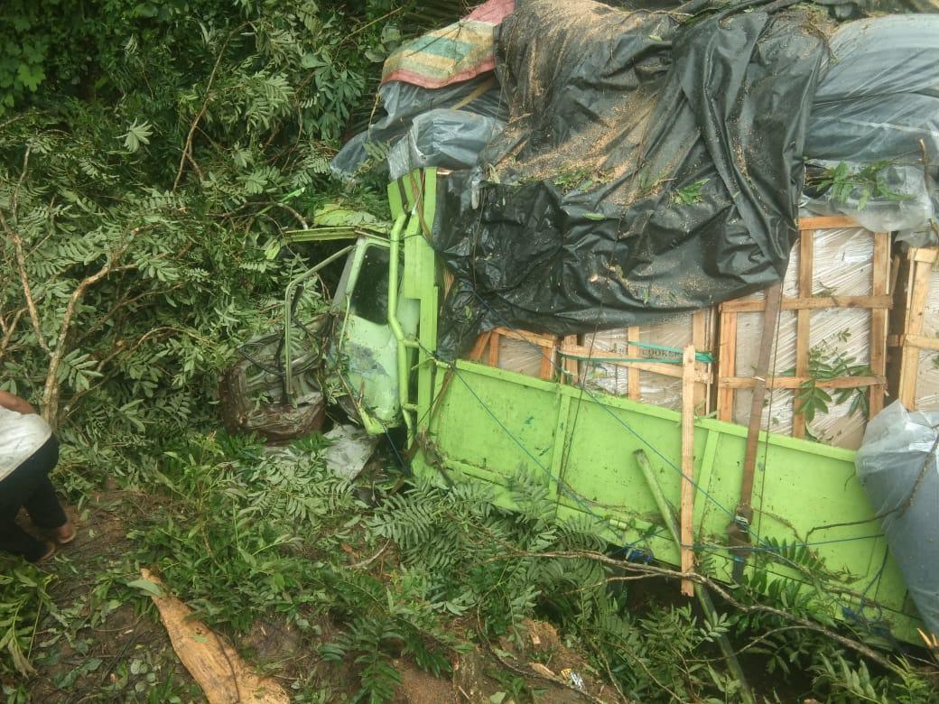 Laka Tunggal Jalinsum Labuhanbatu, Truck Bermuatan Barang Keperluan Penjara