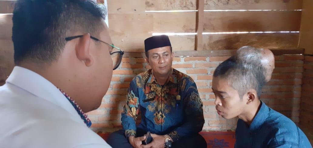 Anggota DPRK Aceh Tamiang, Peduli Warga Sakit Kanker di Kepala