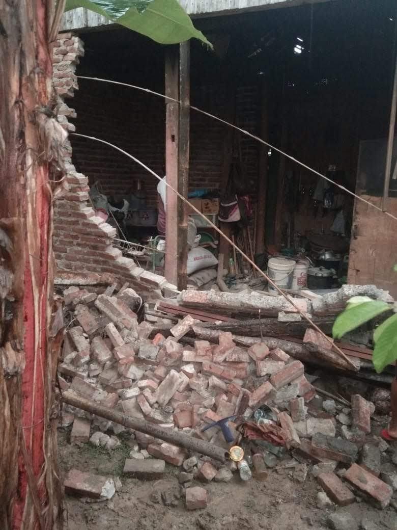 Hujan di Ciamis, Korban Rumah Ambruk Butuh Terpal