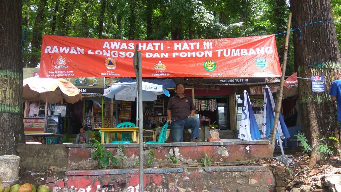 Bencana Alam, Perum Perhutani BKPH Banjar Utara Pasang Spanduk Himbauan