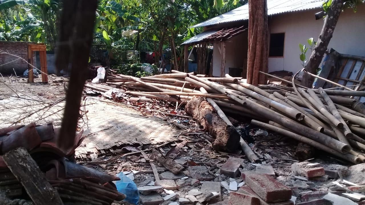 Rumah Ambruk di Banjar, Hujan Deras dan Lapuk Jadi Faktor Utama