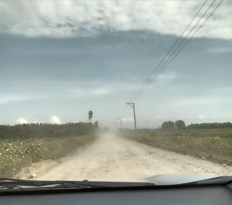 Jalan Rusak Wampu Langkat, Masyarakat Keluhkan Jalan Berdebu