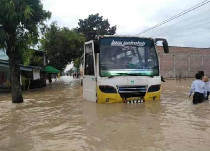 Banjir di Tebing Tinggi, Akses Menuju Kota Putus Total