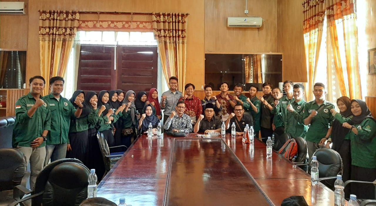 Audensi ke DRPD Batu Bara, IMABARA Sampaikan Beasiswa Daerah