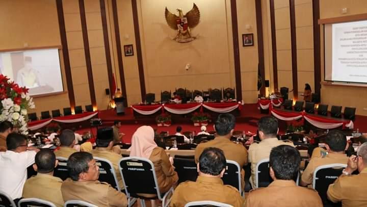 Plt Walikota Sampaikan Ranperda Penyelenggaraan Administrasi Kependudukan dan Kearsipan