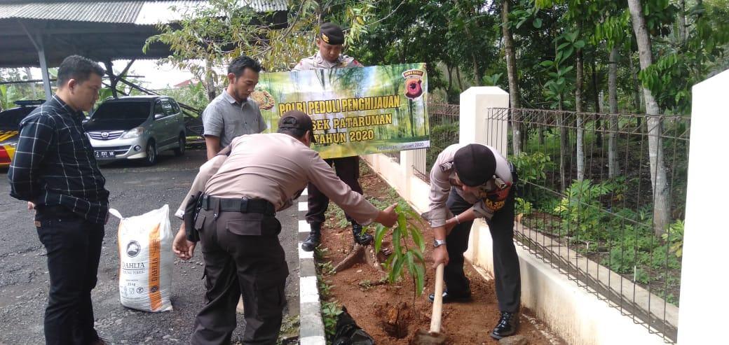 Penanaman Pohon di Banjar, Wujud Kepedulian Polri