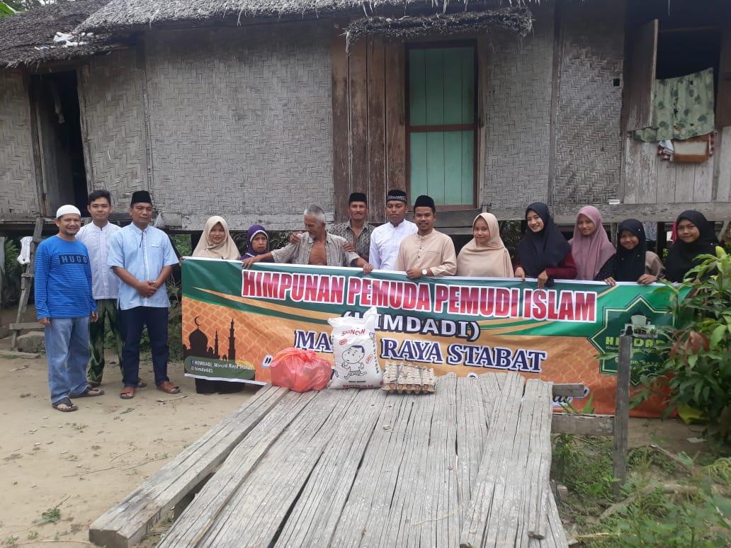 Himdadi Masjid Raya Stabat, Salurkan Bantuan Sembako
