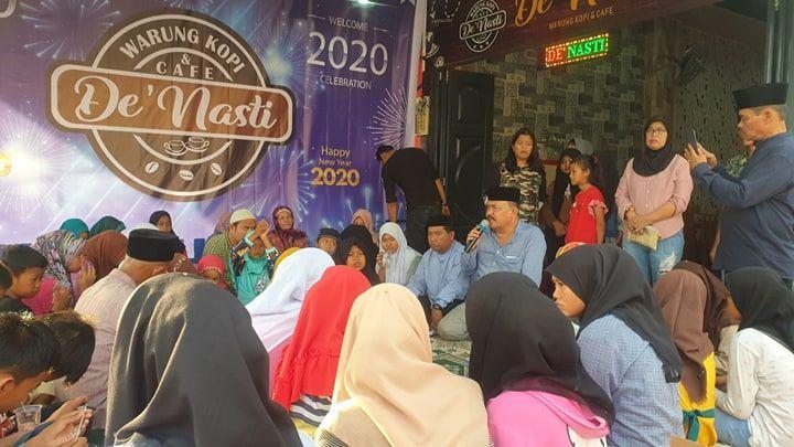 Optimis Perekonomian Lebih Baik, De Nasti Café Syukuran