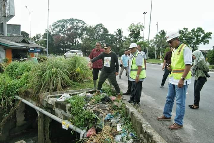 Plt Walikota Medan Tinjau Sungai Bederah