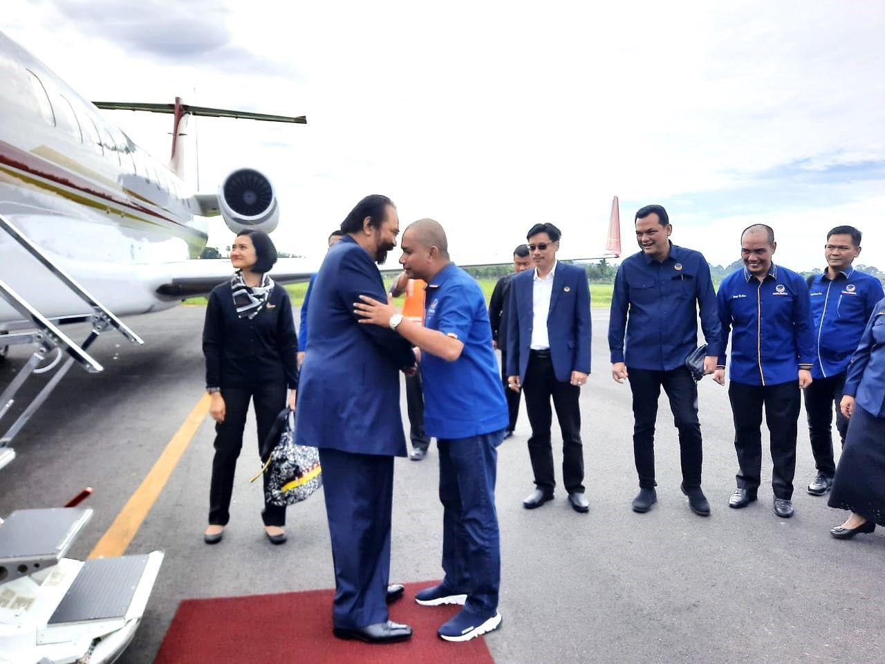 Bupati Tapteng Sambut Kedatangan Ketua Umum Partai Nasdem dan Rombongan
