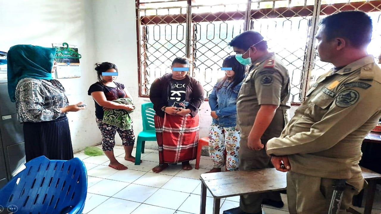 Satpol PP Tertibkan 3 Wanita Rawan Sosial Yang Bukan Warga Tapteng