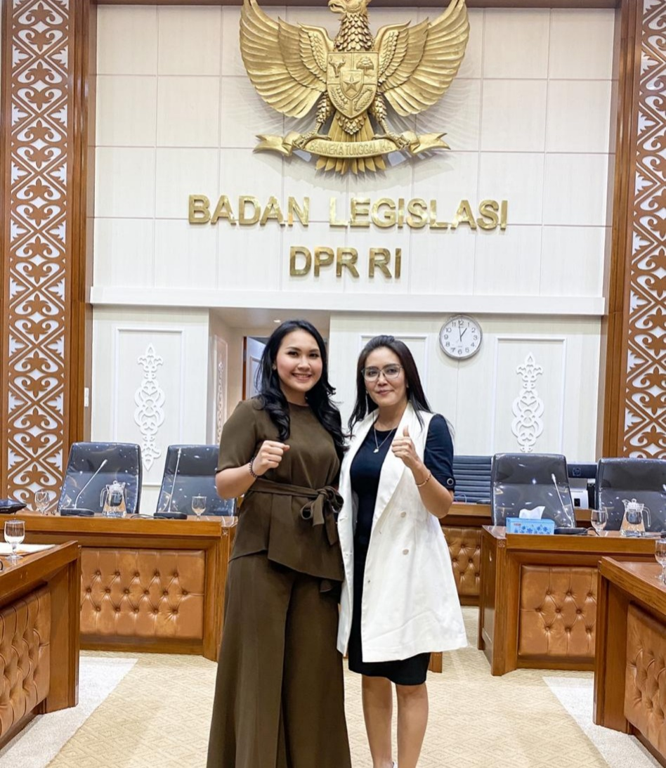 Perjuangkan Aspirasi Buruh, Meryl Saragih Sambangi Baleg DPR RI