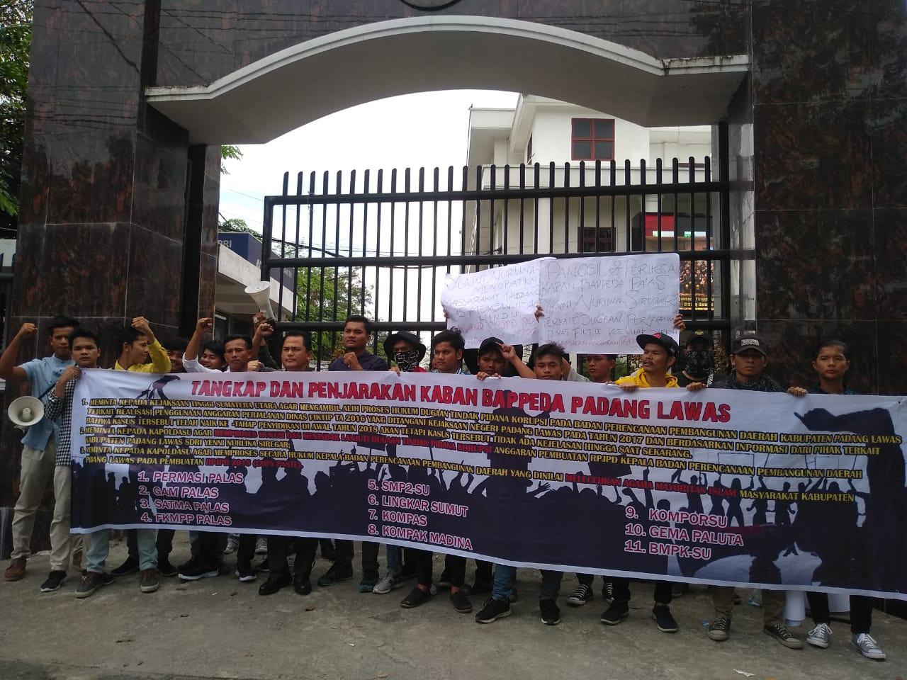 Demo di Kejati dan Polda, Dugaan Korupsi Perjalanan Dinas Bappeda Palas