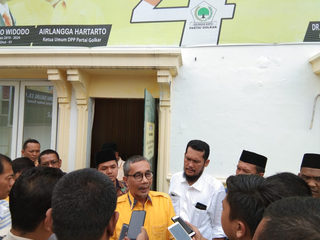 MUDANEWS.COM, Medan - Hari kedua dibukanya penjaringan bakal calon Ketua DPD Golkar Sumut sudah dihadiri seorang pendaftar.