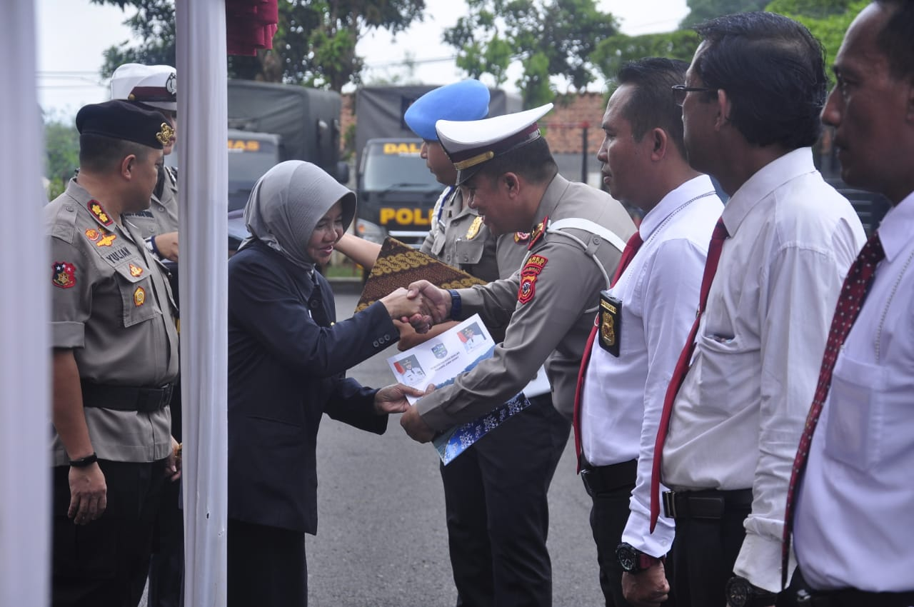 Ungkap Kasus Pencurian, Pemko Banjar Memberikan Penghargaan Pada Kepolisian