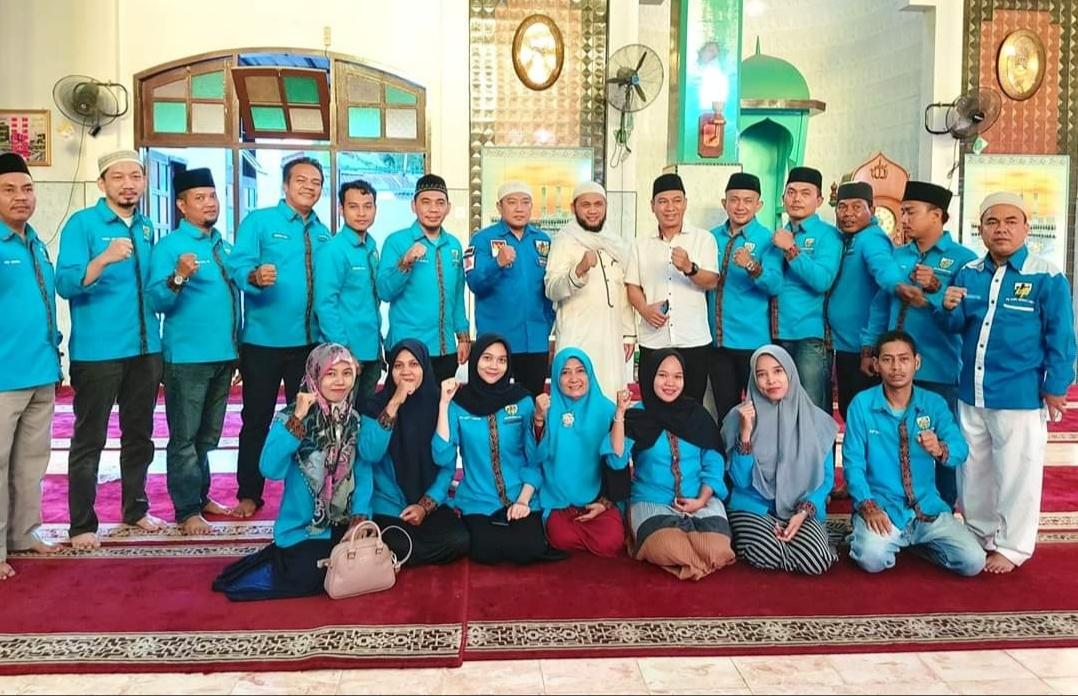 KNPI Medan Area, Aksi Gerakan Subuh Berjamaah Serta Santunan untuk Dhu'afa