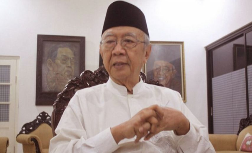 Pengasuh Pondok Pesantren Tebuireng, Gus Solah Kritis