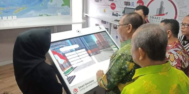 Akhyar Pelajari Aplikasi di Living Lab Smart City Nusantara PT Telkom Indonesia