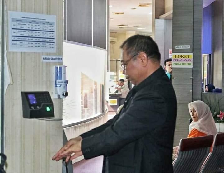 Sidak Kantor Pelayanan Publik, Akhyar Cek Ketersediaan Hand Danitizer