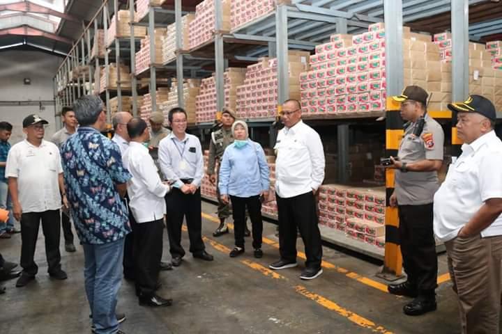 Sidak Ketersediaan Pangan, Plt Walikota Medan Pastikan Stok Pangan Aman Hingga Agustus