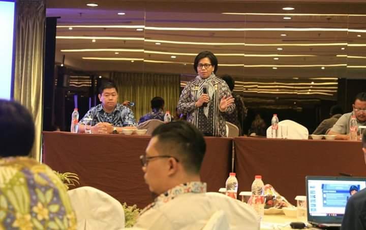Hannalore Ajak LKS Tripartit Kota Medan Isolasi Diri Sendiri Cegah Penyebaran Virus Corona