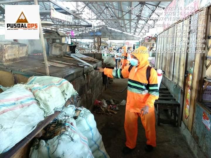BPBD Kota Medan Semprot Cairan Disinpektan di 22 Lokasi